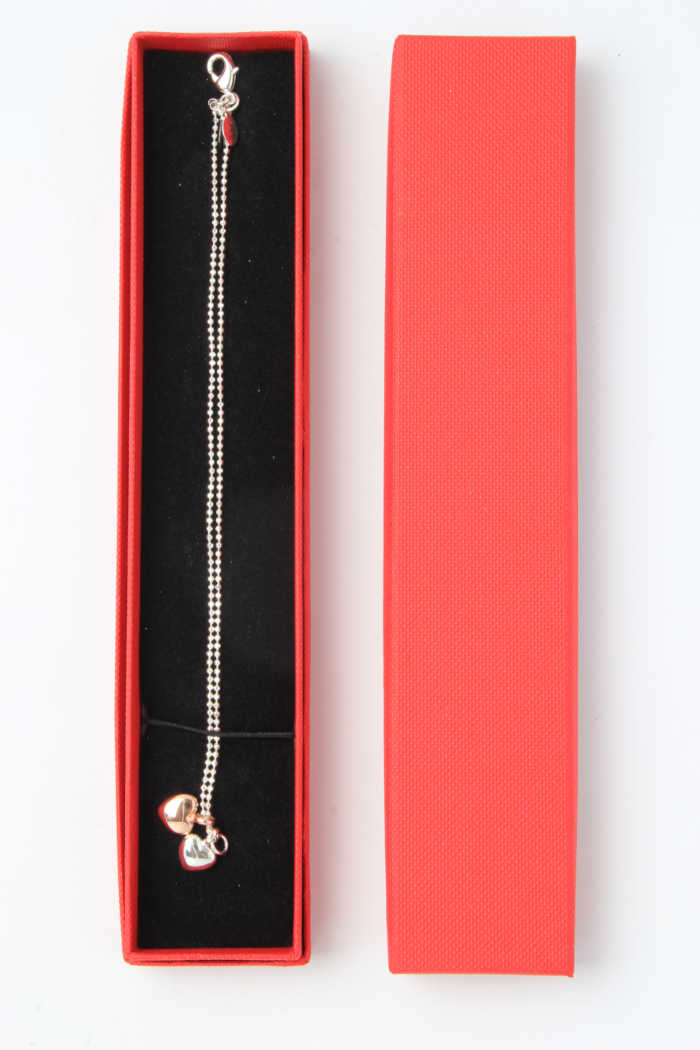 Red paper jewellery box for bracelets