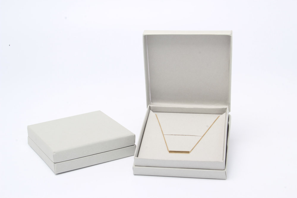 Dove grey jewellery box for necklaces