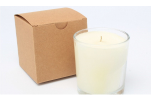 Kraft candle box with cream candle
