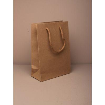 Size: 20x15x6cm Brown kraft paper gift bag.