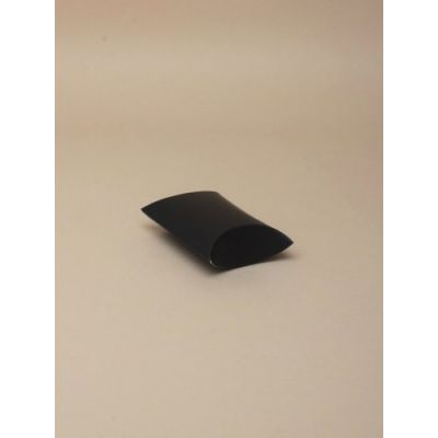 Size 6.8x5.8x2.5cm Black pillow pack gift box.