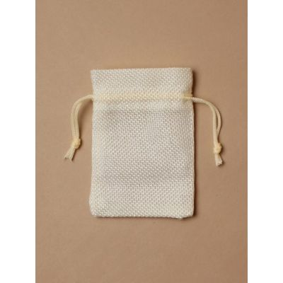 Size: 10x7cm Natural cream imitation Jute bag.