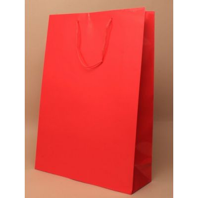 Size: 36x28x10cm Red glossy gift bag.