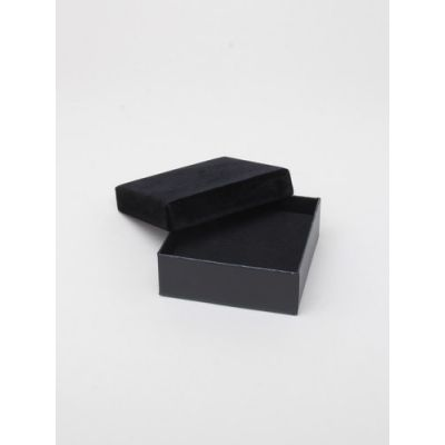 Size: 9x9x3cm Black gift box with velour lid.