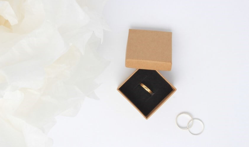 Wholesale Kraft Ring Box with Gold Ring Inside