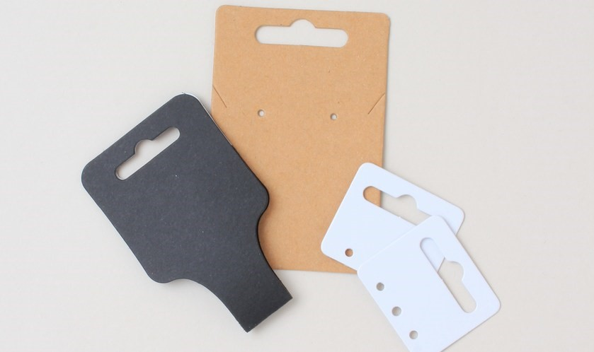 Wholesale display tags for jewellert  - kraft, white, black tags for earrings and necklaces