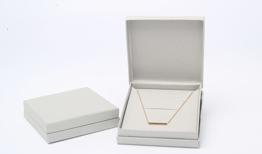 Grey necklace gift boxes